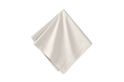 Williams Sonoma Hotel Dinner Napkin