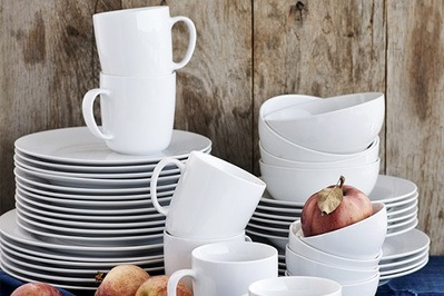 Charming Williams Sonoma Open Kitchen Dinnerware Collection