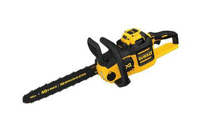 The best chainsaw reviews by wirecutter a new york times company dewalt 40v max xr 16 chainsaw dccs690h1 greentooth Images