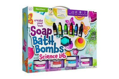 Dan&Darci Create Your Own Soap & Bath Bombs Science Lab