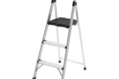 Gorilla Ladders EasyReach Aluminum 3-step