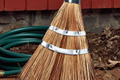 Garrett Wade Heavy-Duty Garden & Garage Broom
